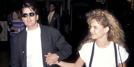 Actor Charlie Sheen and actress Kelly Preston 1989. Photo / Getty