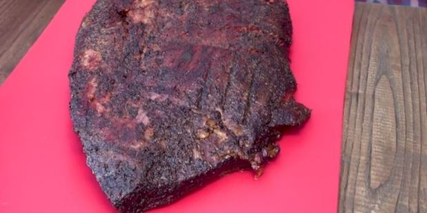 Five-time world BBQ champ Tuffy Stone's barbecued brisket. Photo / NZ Herald Focus
