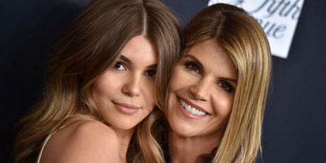 Actress Lori Loughlin and daughter Olivia Jade Giannulli attend Women's Cancer Research Fund's An Unforgettable Evening Benefit Gala. Photo / Getty