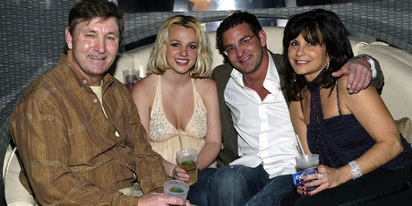 Singer Britney Spears (2nd,L) and family (L-R), father Jamie, brother Bryan and mother Lynne celebrate with Jamie Spears's partners (not shown). Photo / Getty