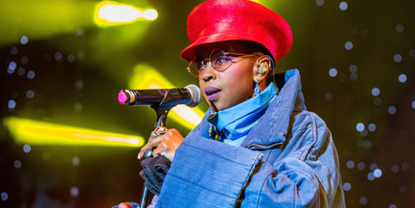 Ms. Lauryn Hill performs in support of the Powernomics Tour at Michigan Lottery Amphitheatre on September 8, 2017. Photo / Getty