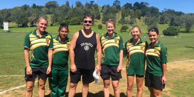 Russell Crowe pays a visit to Cornwall Park Cricket Club. Photo / Twitter