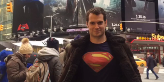 But  Superman  actor Henry Cavill walked around New York's Times Square in a Superman t-shirt and no one noticed. Photo / Instagram