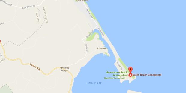 Coastguard is helping a boat struggling in seas off Bay of Plenty. Photo / google maps