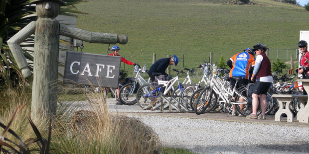 One of the many café stops along the Otago Rail Trail