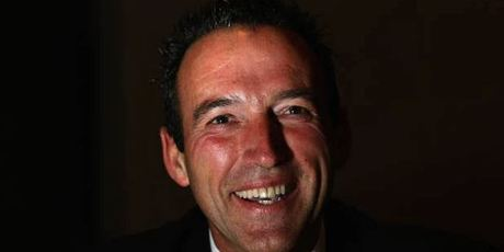 Graeme Hart trims global packaging empire with $979m asset sale